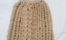 Как делается шапка крупной вязки?