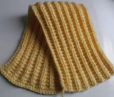 Вяжем шарф хомут спицами