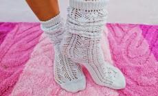 Инструкция по вязанию ажурных носочком спицами