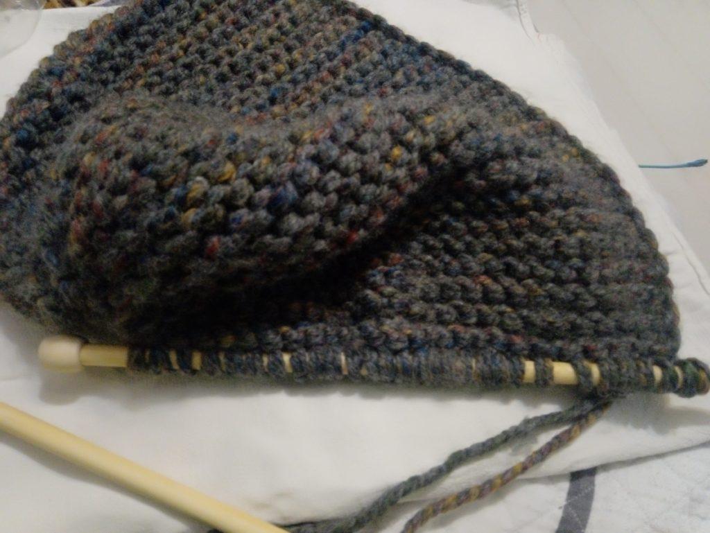 как вязать шапку из толстой пряжи