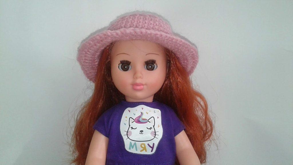 вязание крючком шапочки для куклы