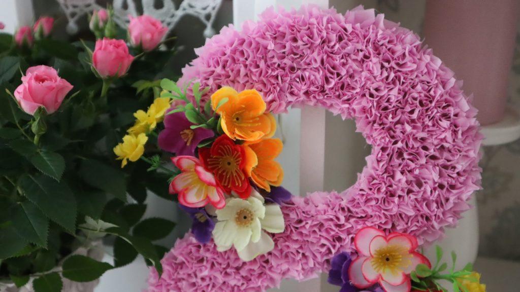 Канал Шебби Шик сердечно поздравляет всех женщин с праздником весны и 8 марта