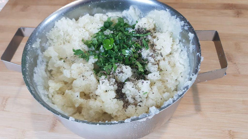Картофельная запеканка с грибами. Очень простое, вкусное и необычное блюдо