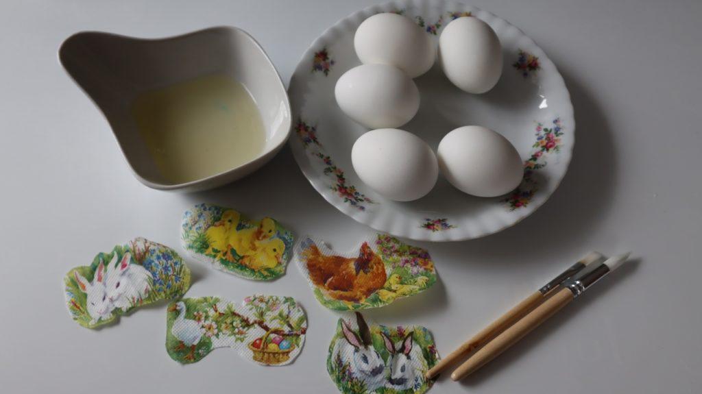 Яркая идея росписи пасхальных яиц, в результате которой получается настоящий шедевр